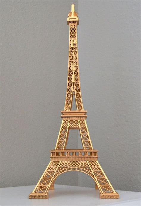 Gold Eiffel Tower Vases by 25 Best Ideas About Eiffel Tower Centerpiece On