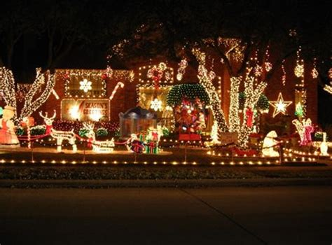 the ultimate and best christmas light displays in dfw for