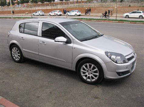 opel astra  enjoy twinport  model