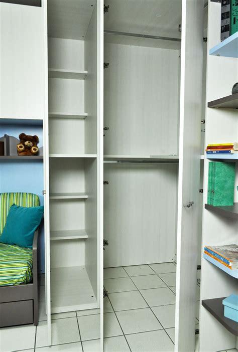 cabine armadio angolari mondo convenienza mondo convenienza cabina armadio cabine armadio chateau d