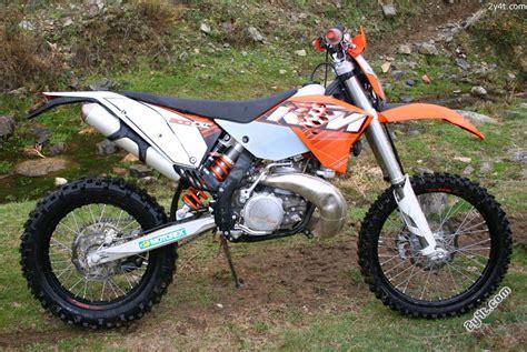 2011 Ktm 300 Exc 2y4t Los Test De 2y4t Ktm 300 Exc 2011 El Motor