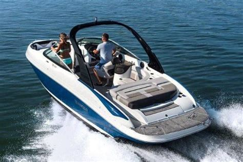 rinker boats ontario bowrider rinker boats for sale in ontario canada boats