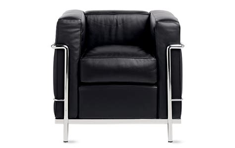 poltrona lc2 le corbusier lc2 petit modele armchair design within reach