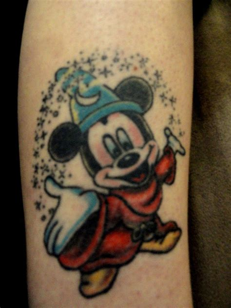 darklight tattoo 1000 ideas about mouse tattoos on mickey