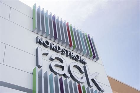 Nordstrom Rack Town And Country by Nordstrom Rack Opens At Springfield Town Center