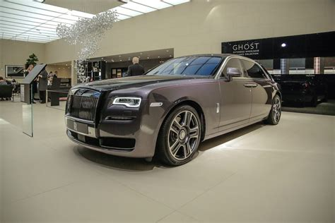 silver rolls royce 2017 geneva 2017 rolls royce ghost with paint finish