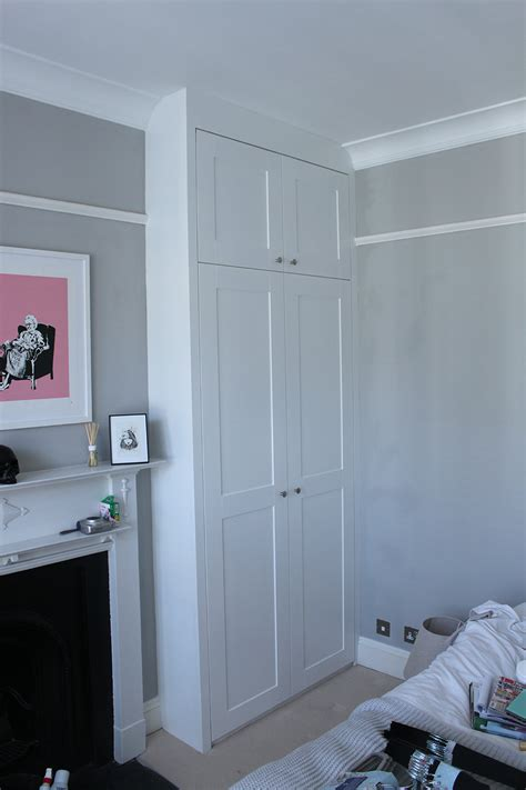 Fitted Wardrobe Storage by The 25 Best Small Fitted Wardrobes Ideas On