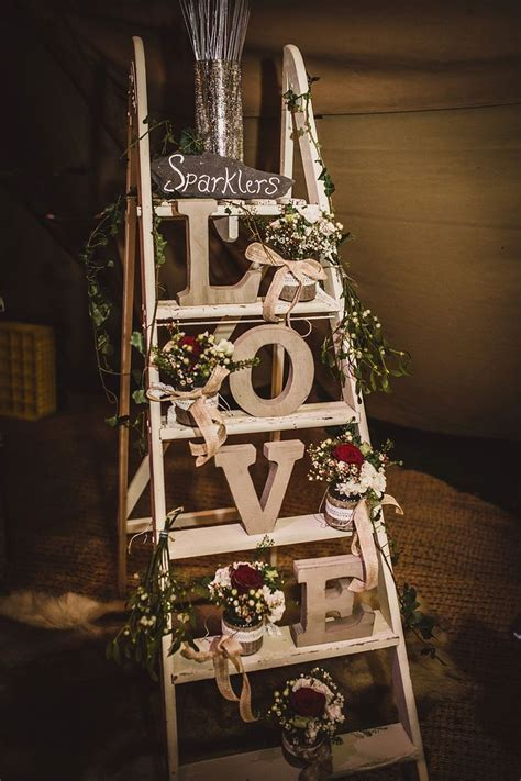 Best 25  Ladder wedding ideas on Pinterest   DIY wedding