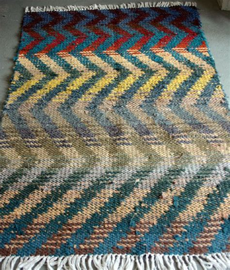 Weaving Rag Rugs by Rag Rug Pattern Weaving