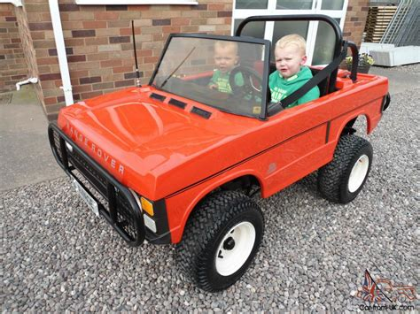 land rover kid 1980 s childs 2 seater petrol range rover classic kids