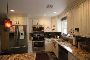 kitchen cabinets home depot vs lowes kitchen cabinets lowes amazing white kitchen cabinets