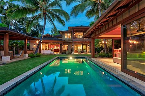 Luxury Homes Oahu Oceanfront Luxury Home Offers Oahu Island Living Hawaii