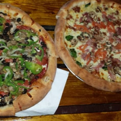 Table Pizza Antioch Ca by Skipolini S Pizza Antioch Ca Yelp