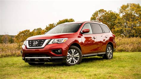 Nissan Pathfinder Sv 2017 Nissan Pathfinder Sv Drive Review The Family Hauler