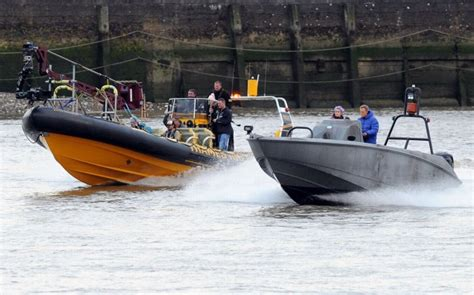 thames river cruise james bond golden bye spectre thames shooting completed the james