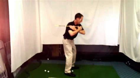 start golf swing with right shoulder shoulder move in golf swing downswing golf lesson by