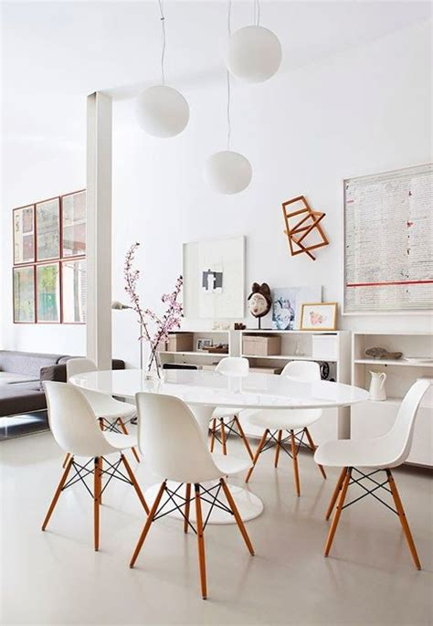 saarinen table and eames chairs dining room