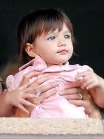 Tom Cruise Sign Suri Cruise As Baby Gap Model by Suri Cruise Biography The Gossip