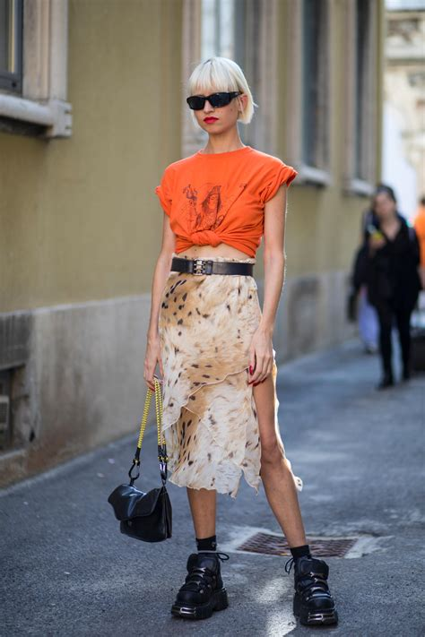 Whats Out Of Style This Sprin | whats out of style this sprin best street style looks of