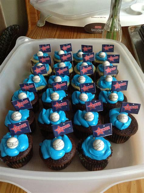Cute Simple Cupcakes For A  Ee   Ee    Ee  Year Ee    Ee  Old Ee    Ee  Boy Ee    Ee  Birthday Ee   Party