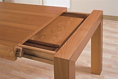 realizzare un tavolo in legno mobili artigianali il giusto prezzo di un tavolo in legno
