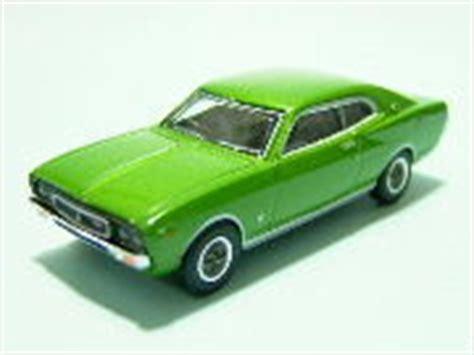 Diecast Nissan Laurel Ht2000sgx 1972 White konami