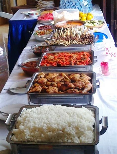 lucky catering menerima pesanan catering lunch buffet