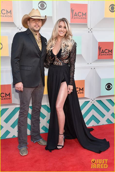 2016 jason aldean wife full sized photo of jason aldean wife acm awards 2016 01