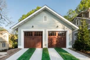 Craftsman Style Garages craftsman style garage doors homesfeed