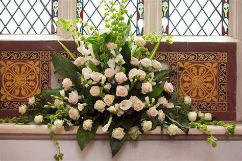 fiori addobbi addobbi floreali in chiesa fiorista