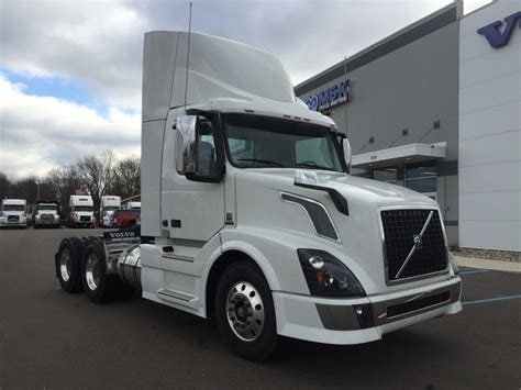 volvo 2017 truck 2017 volvo vnl300 for sale 284021
