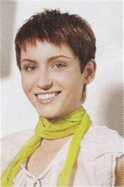 easy to maintain haircuts for thick hair 1000 images about pixie cuts all kinds on pinterest