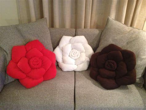 cuscini particolari lalletta creativa il cuscino a rosa