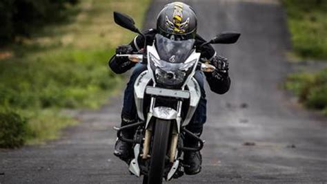 tvs apache rtr 180 detailed photographs