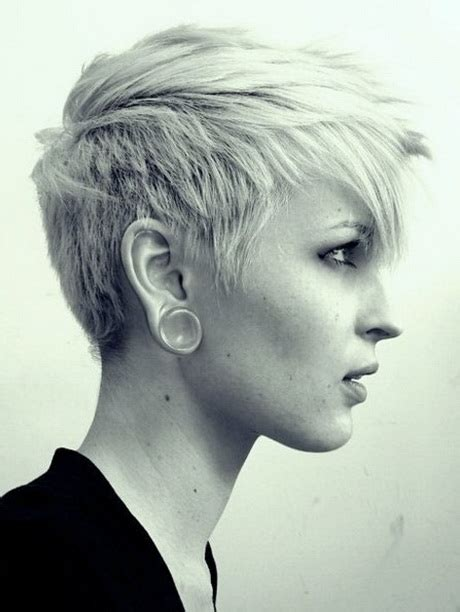 textured pixie haircut textured pixie haircut