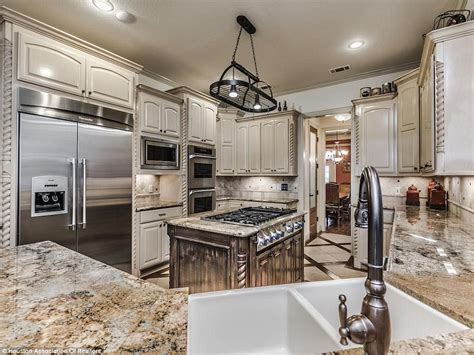 top of the line kitchen appliances making a splash oil industry ceo lists his texas mansion