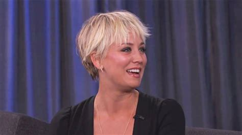 sweeting kaley cuoco new haircut see kaley cuoco s shaggy pixie cut on kimmel instyle com