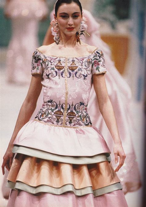 Valentino Joins The 90s Image Trend For His Ad Caign by Valentino Alta Moda Summer 1988 Quot Valentino