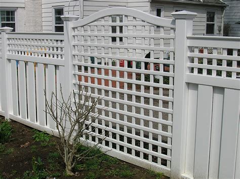 Design For Lattice Fence Ideas Select Lattice Fence Designs Based On Your Style Homesfeed