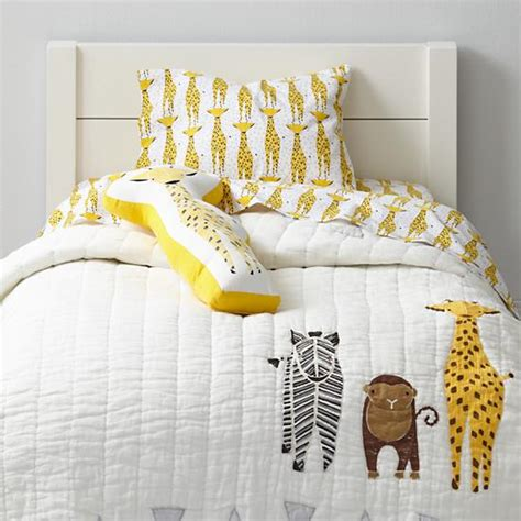 giraffe bedroom savanna toddler bedding giraffe the land of nod