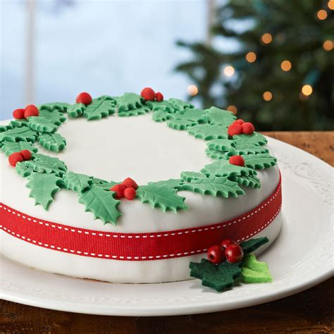lynda jane cakes christmas cake decoration