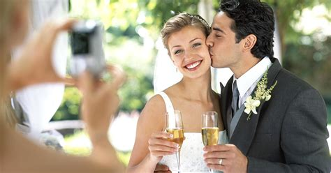 Wedding Photos by 4 Tricks To Keep Wedding Costs Low