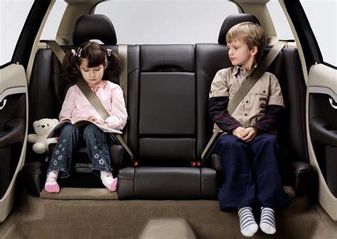 volvo cars celebre le eme anniversaire du premier coussin rehausseur integre site media
