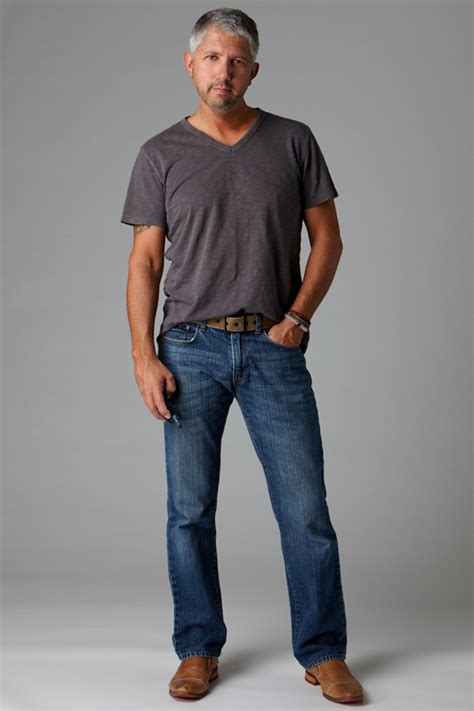 how a 40 year man should dress pics dress up your jeans seattle mens fashion blog 40 over
