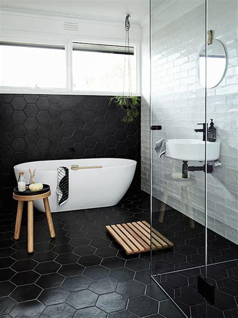dark bathroom 25 best ideas about black bathrooms on pinterest dark