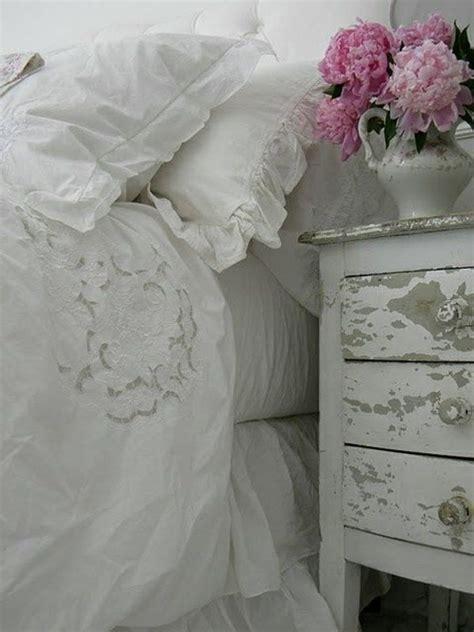 shabby chic schlafzimmerdekor shabby chic bett kaufen 25 cozy shabby chic furniture