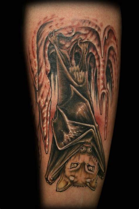 tattoo name upside down upside down bat tattoo tattooshunt com
