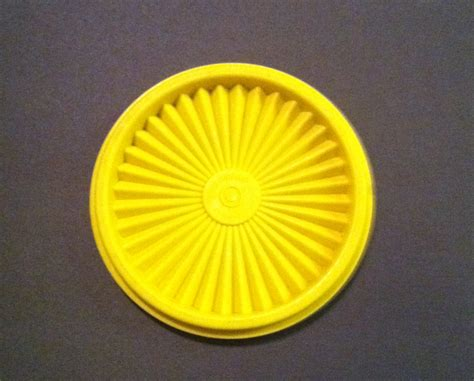 Tupperware Gold vintage tupperware harvest gold yellow replacement lid for small canister other