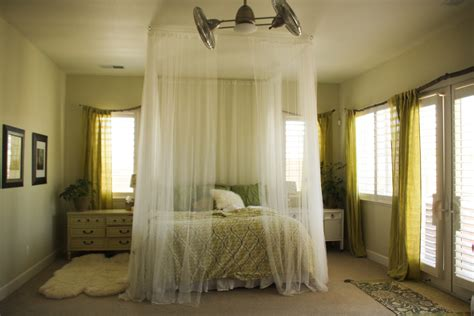 how to hang curtains on a canopy bed clever design ideas curtain over bed canopy over bed