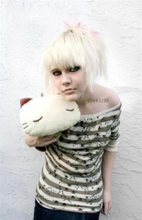 emo hairstyles from all angles 65 emo hairstyles for girls i bet you haven t seen before